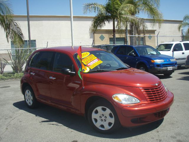 2004 CHRYSLER PT CRUISER BASE red just arrivedthis smart looking  04 pt cruiser  is in excell