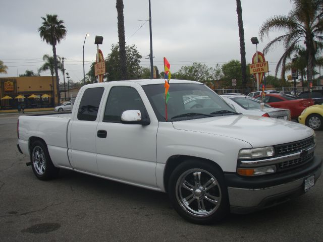 2002 CHEVROLET SILVERADO 1500 white just arrived fresh on the lot  snag this handsome 02 silver