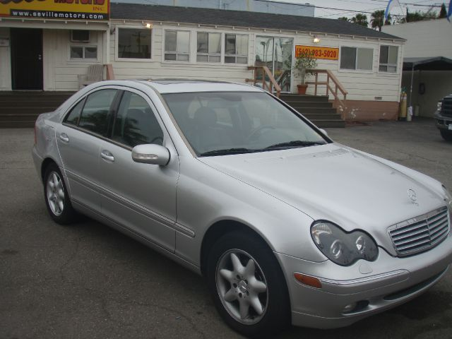 2002 MERCEDES-BENZ C-CLASS C240 SEDAN silver luxury and reliability at its best this silver mbz i