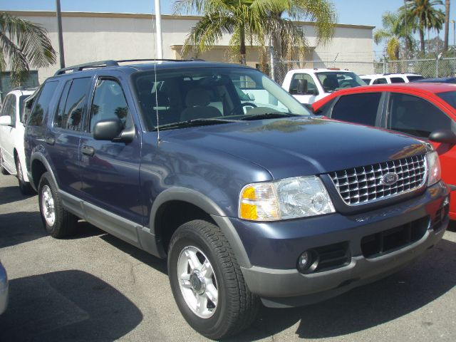 2003 FORD EXPLORER blue just got inimagine yourself behind the wheel of this good lkin  2003 