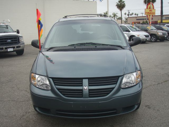 2006 DODGE GRAND CARAVAN SE green excellent running and a very reliable 2006 dodge grand caravan 