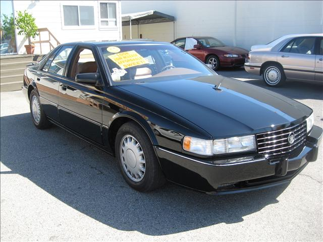 used 1995 cadillac eldorado for sale pricing features. Black Bedroom Furniture Sets. Home Design Ideas