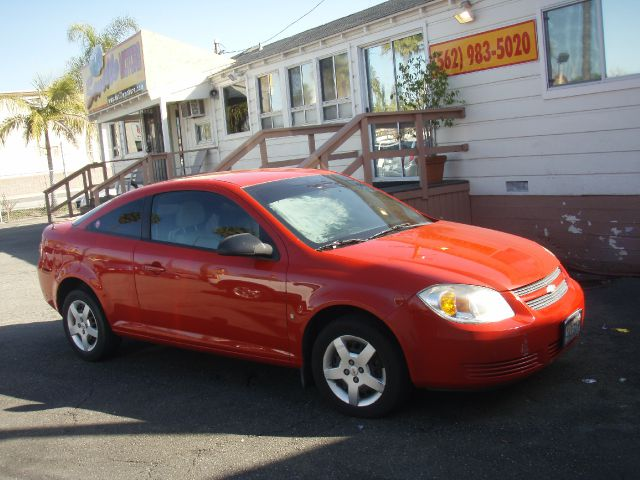 2007 CHEVROLET COBALT LS COUPE red this 2007 chev cobalt perfect first car   runs excellent   ha