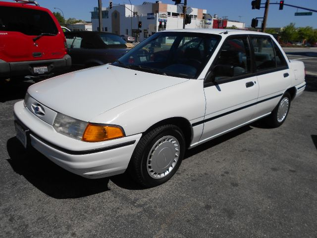 1993 Ford Escort