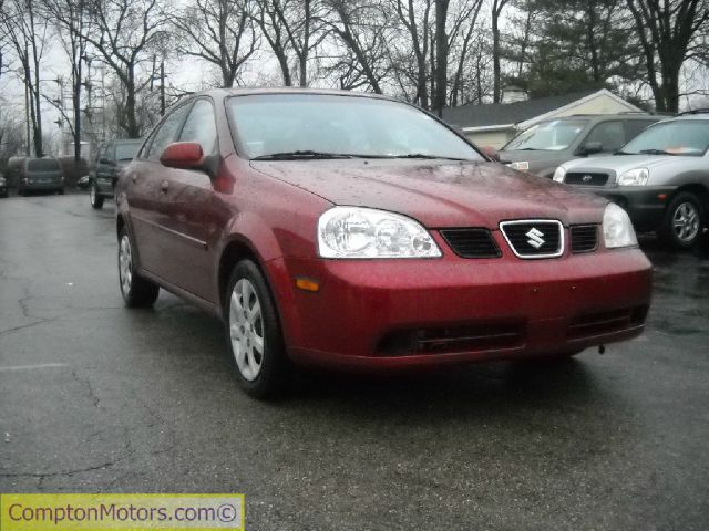 2005 Suzuki Forenza