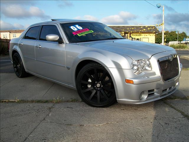 2006 300c srt8 used cars for sale. Black Bedroom Furniture Sets. Home Design Ideas