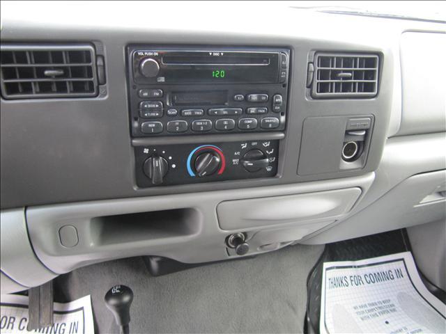 Image 19 of 2003 Ford F350 XLT 8-Cylinder…