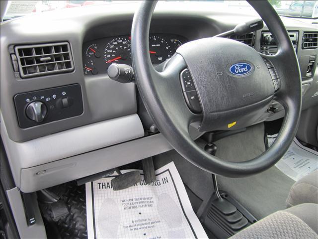 Image 20 of 2003 Ford F350 XLT 8-Cylinder…