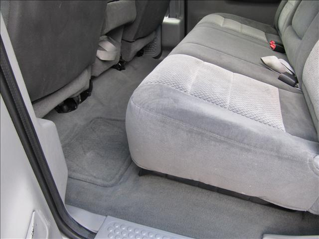 Image 22 of 2003 Ford F350 XLT 8-Cylinder…