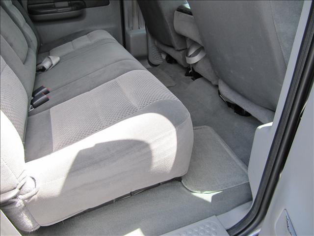 Image 24 of 2003 Ford F350 XLT 8-Cylinder…