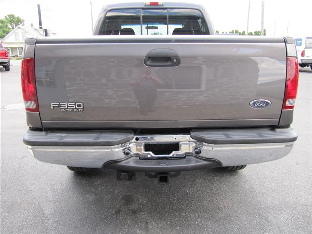 Image 30 of 2003 Ford F350 XLT 8-Cylinder…