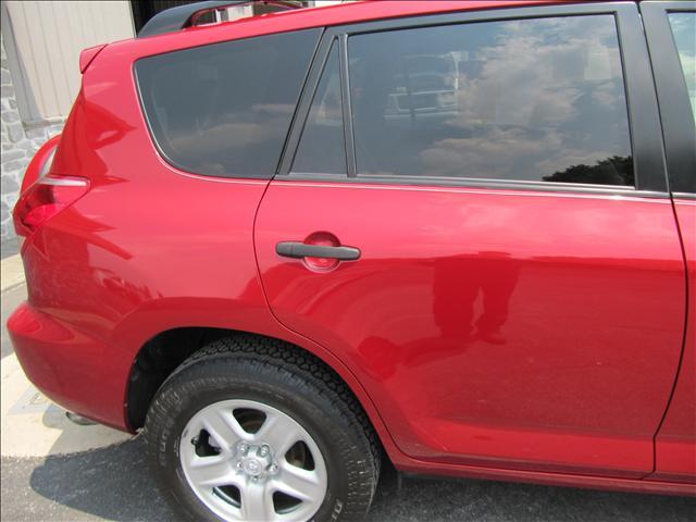 Image 32 of 2006 Toyota RAV4 Base…