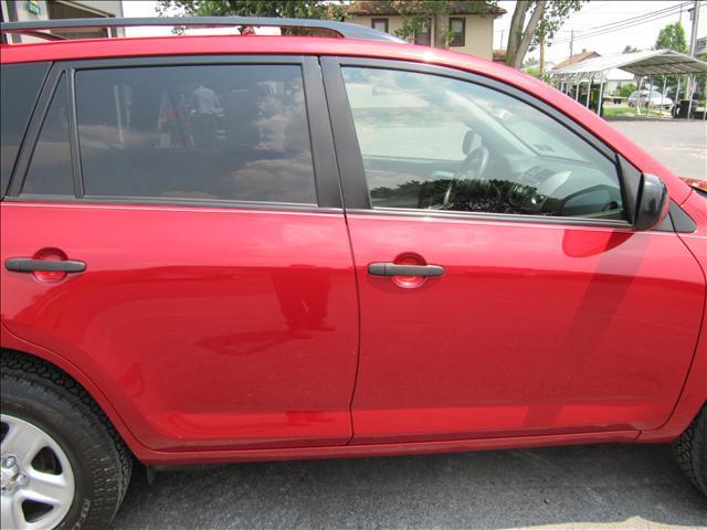Image 33 of 2006 Toyota RAV4 Base…