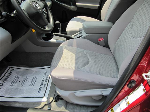 Image 38 of 2006 Toyota RAV4 Base…