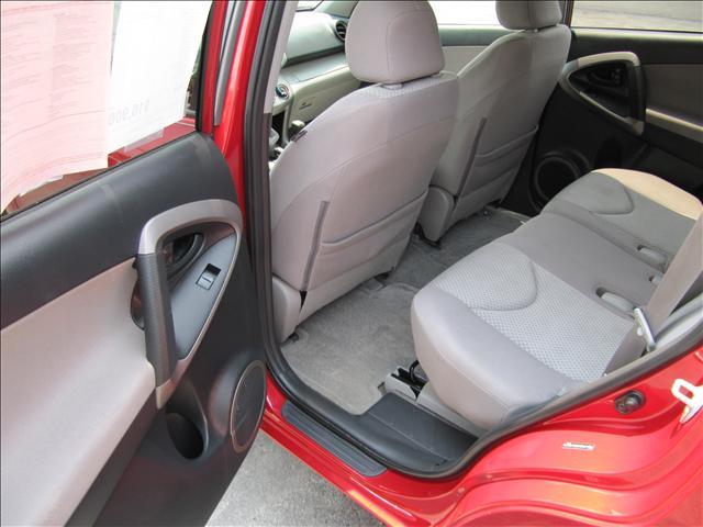 Image 45 of 2006 Toyota RAV4 Base…
