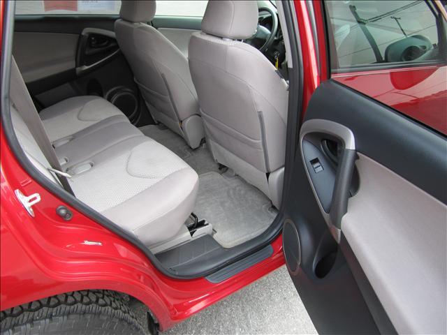 Image 48 of 2006 Toyota RAV4 Base…