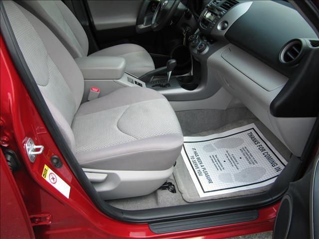 Image 50 of 2006 Toyota RAV4 Base…