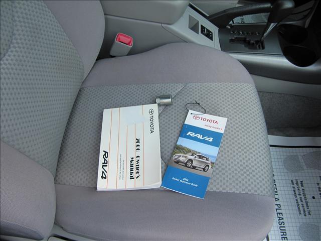 Image 51 of 2006 Toyota RAV4 Base…
