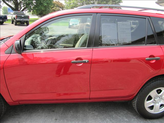 Image 57 of 2006 Toyota RAV4 Base…
