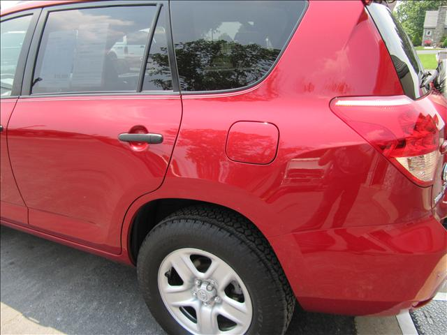 Image 58 of 2006 Toyota RAV4 Base…