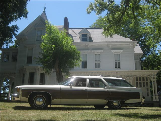 1976 Oldsmobile Custom Cruiser