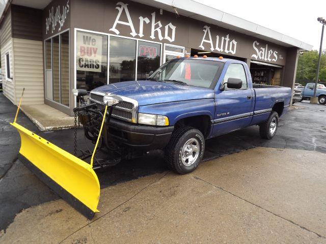 2013 dodge ram big horn crew cab towing autos post. Black Bedroom Furniture Sets. Home Design Ideas