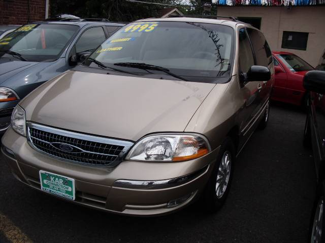 Image 18 of 2000 Ford Windstar SE…