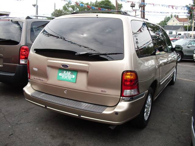 Image 21 of 2000 Ford Windstar SE…