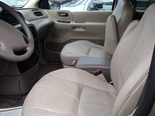 Image 23 of 2000 Ford Windstar SE…
