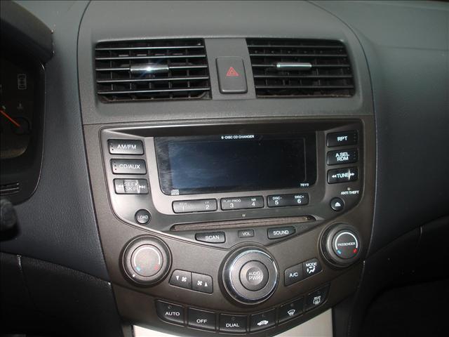 Image 16 of 2003 Honda Accord EX…