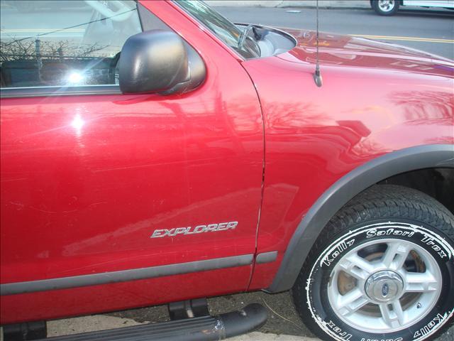 Image 13 of 2004 Ford Explorer 6-Cylinder…