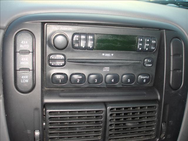 Image 18 of 2004 Ford Explorer 6-Cylinder…