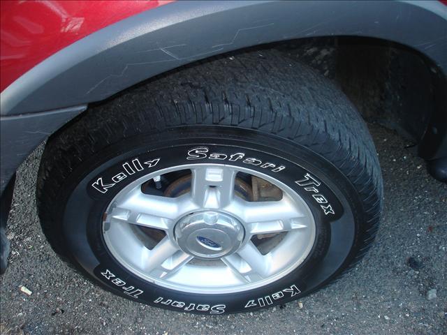 Image 23 of 2004 Ford Explorer 6-Cylinder…
