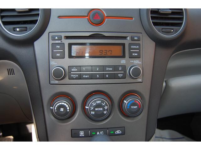 Image 8 of 2008 Kia Rondo LX 4-Cylinder…