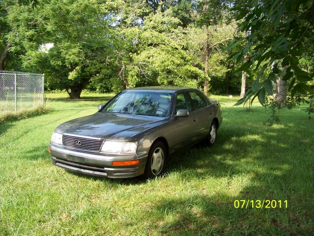 used 1997 lexus ls 400 for sale 2018 anderson rd greenville sc 29611 used cars for sale. Black Bedroom Furniture Sets. Home Design Ideas