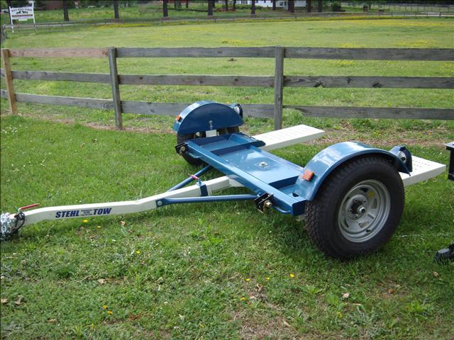 2011 Stehl Tow ST 80 car dolly
