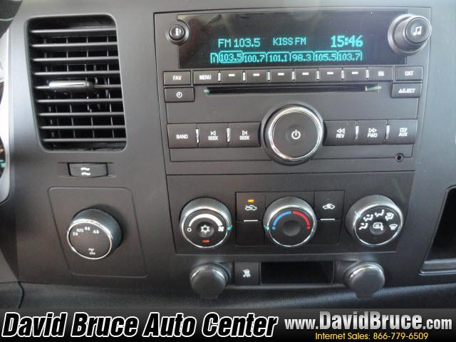 Image 4 of 2010 Chevrolet Silverado…