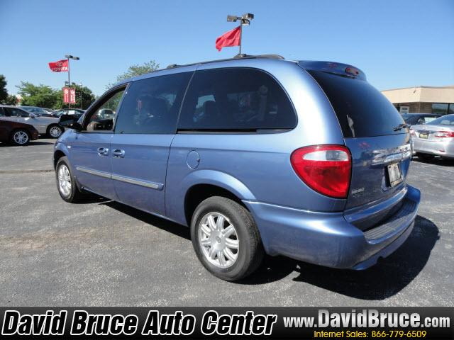 Image 11 of 2007 Chrysler Town &…