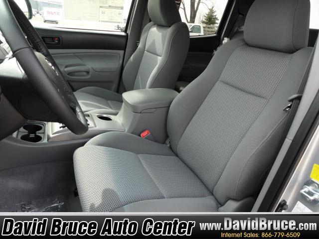 Image 2 of 2011 Toyota Tacoma 4WD…