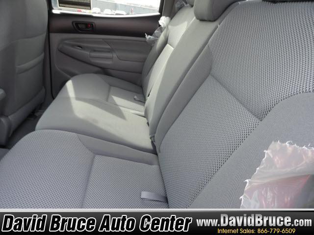Image 3 of 2011 Toyota Tacoma 4WD…