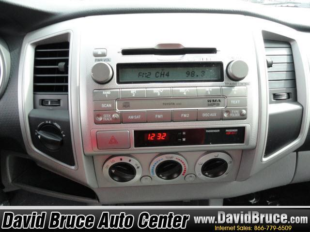 Image 4 of 2011 Toyota Tacoma 4WD…