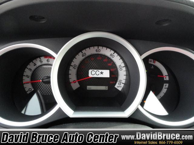 Image 5 of 2011 Toyota Tacoma 4WD…