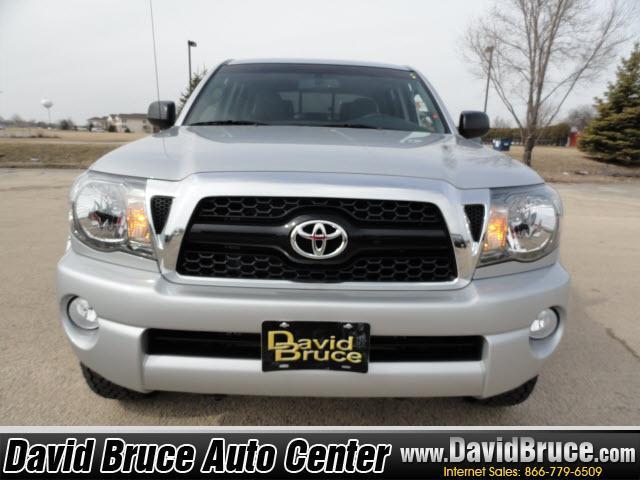 Image 8 of 2011 Toyota Tacoma 4WD…
