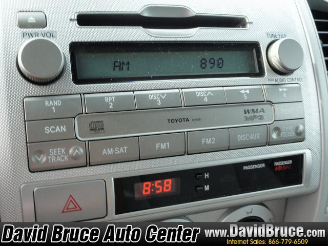 Image 4 of 2010 Toyota Tacoma 4WD…