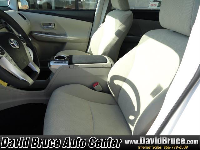 Image 12 of 2012 Toyota Prius V…
