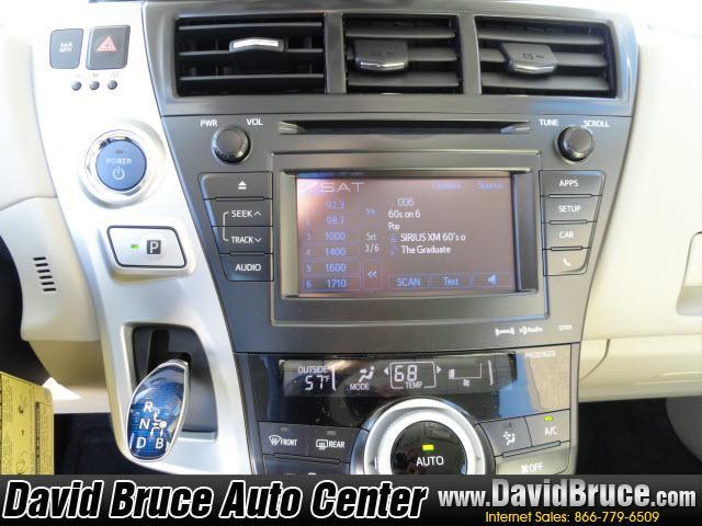 Image 14 of 2012 Toyota Prius V…