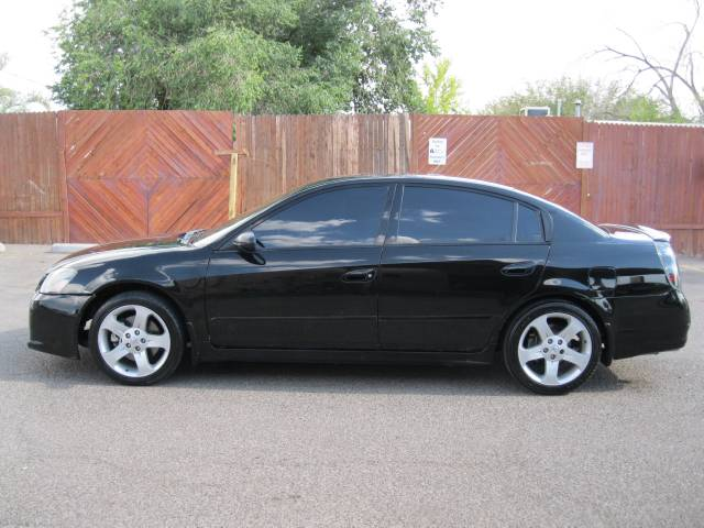 Nissan Altima 2006 Black