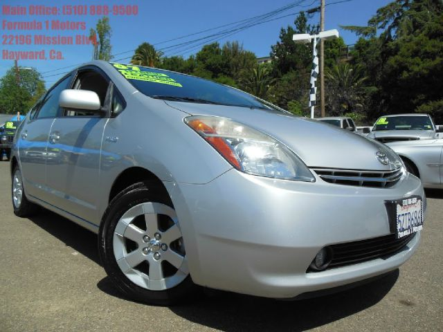2007 TOYOTA PRIUS 4-DOOR LIFTBACK silver 15l hybridleather navigation great gas millage 2 