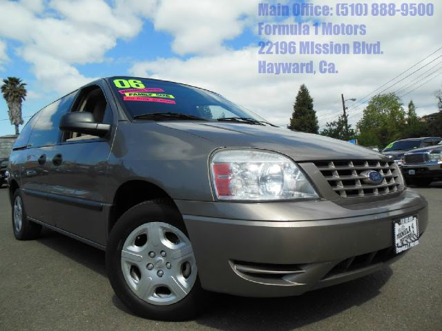 2006 FORD FREESTAR SE gold 39l v6 automatic dual sliding doors luggage rack 2 wheel drive3rd