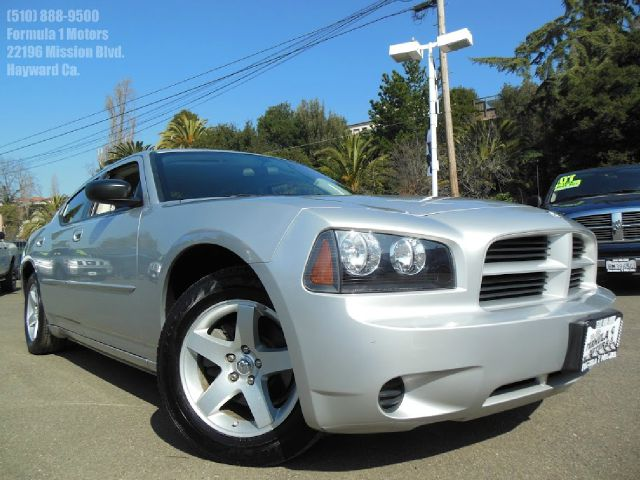 2009 DODGE CHARGER silver v6 automatic very clean inside and out air conditioningalloy wheels